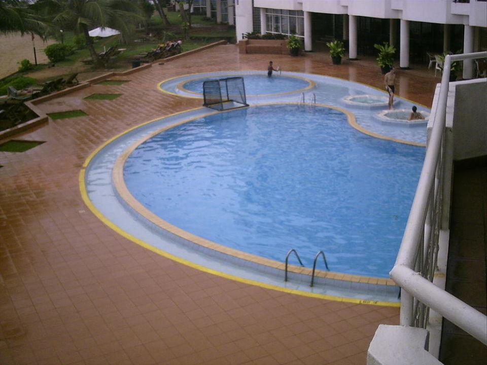 Ab ins Kühle Hotel Induruwa Beach