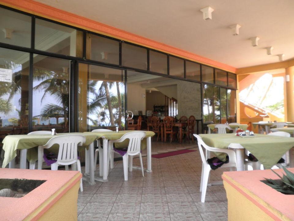 Hier kann man sein Essen genießen Hotel Oasey Beach