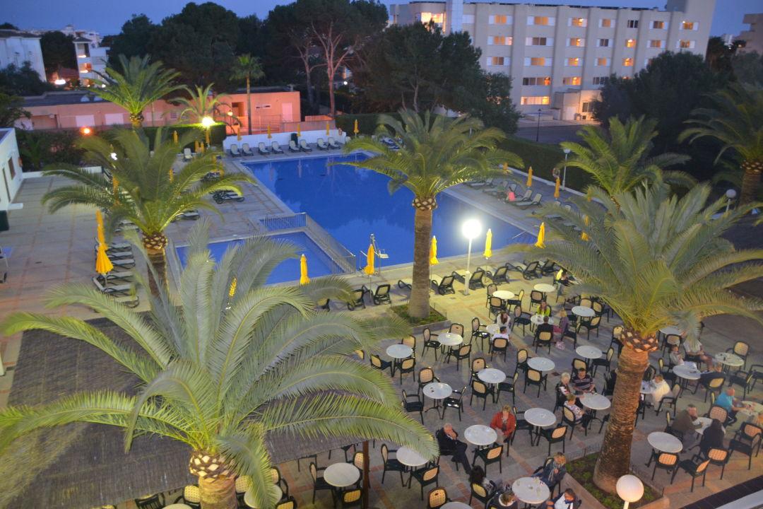 Pool bei Nacht smartline Millor Sol