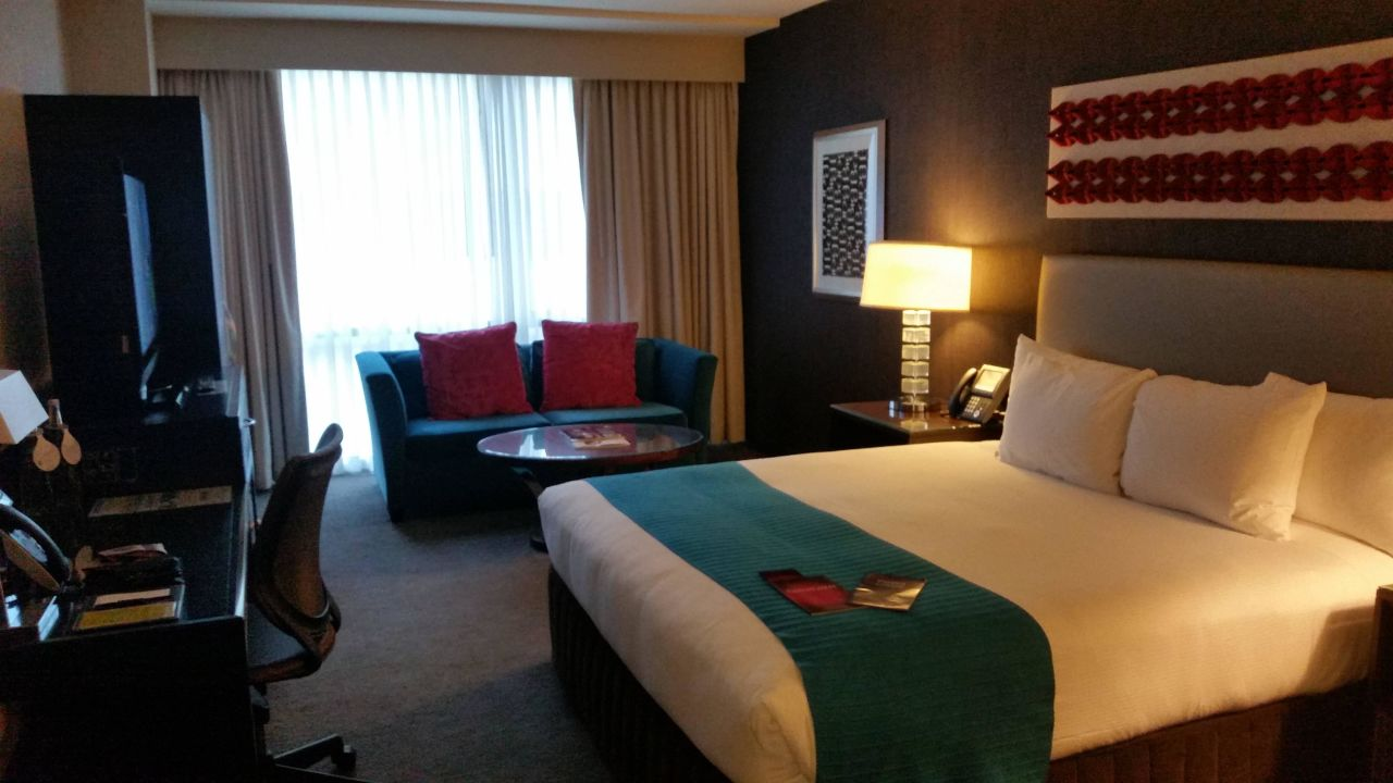 Sehr bequemes Doppelbett theWit Chicago - a DoubleTree by Hilton Hotel