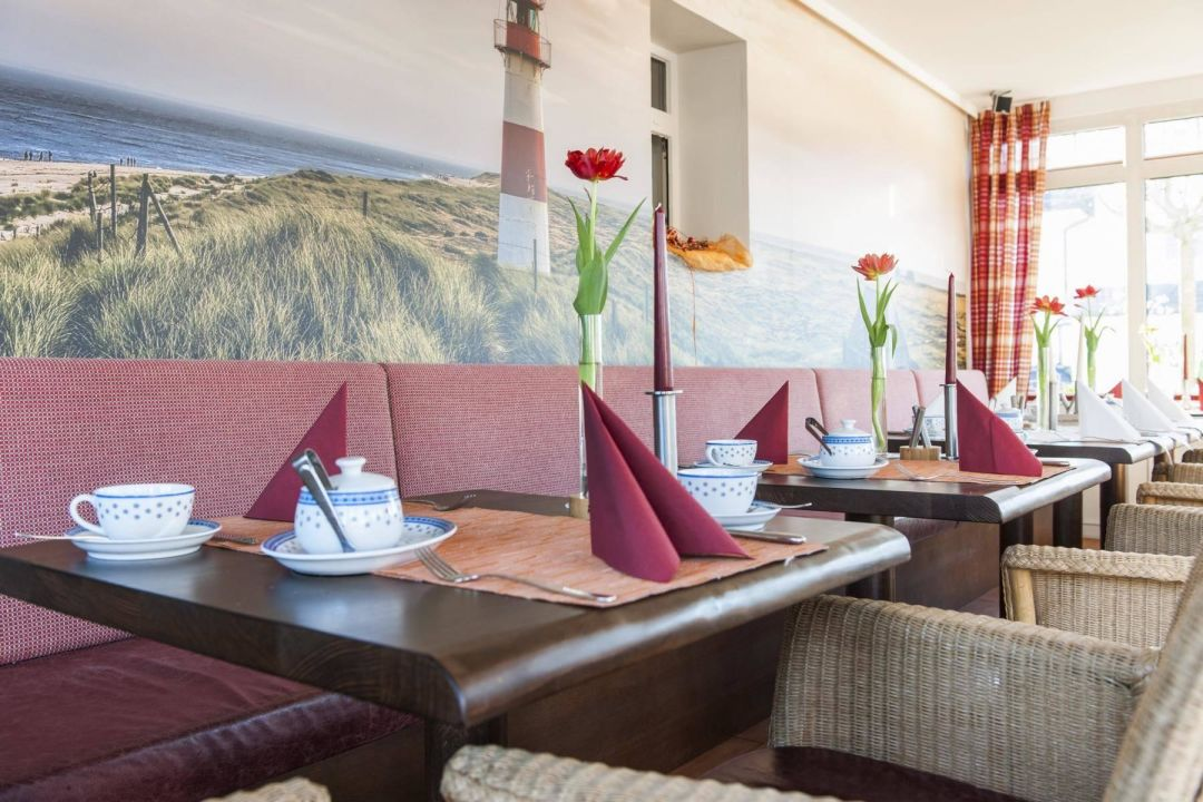 caf bistro wintergarten hotel sylter domizil wenningstedt braderup sylt holidaycheck. Black Bedroom Furniture Sets. Home Design Ideas