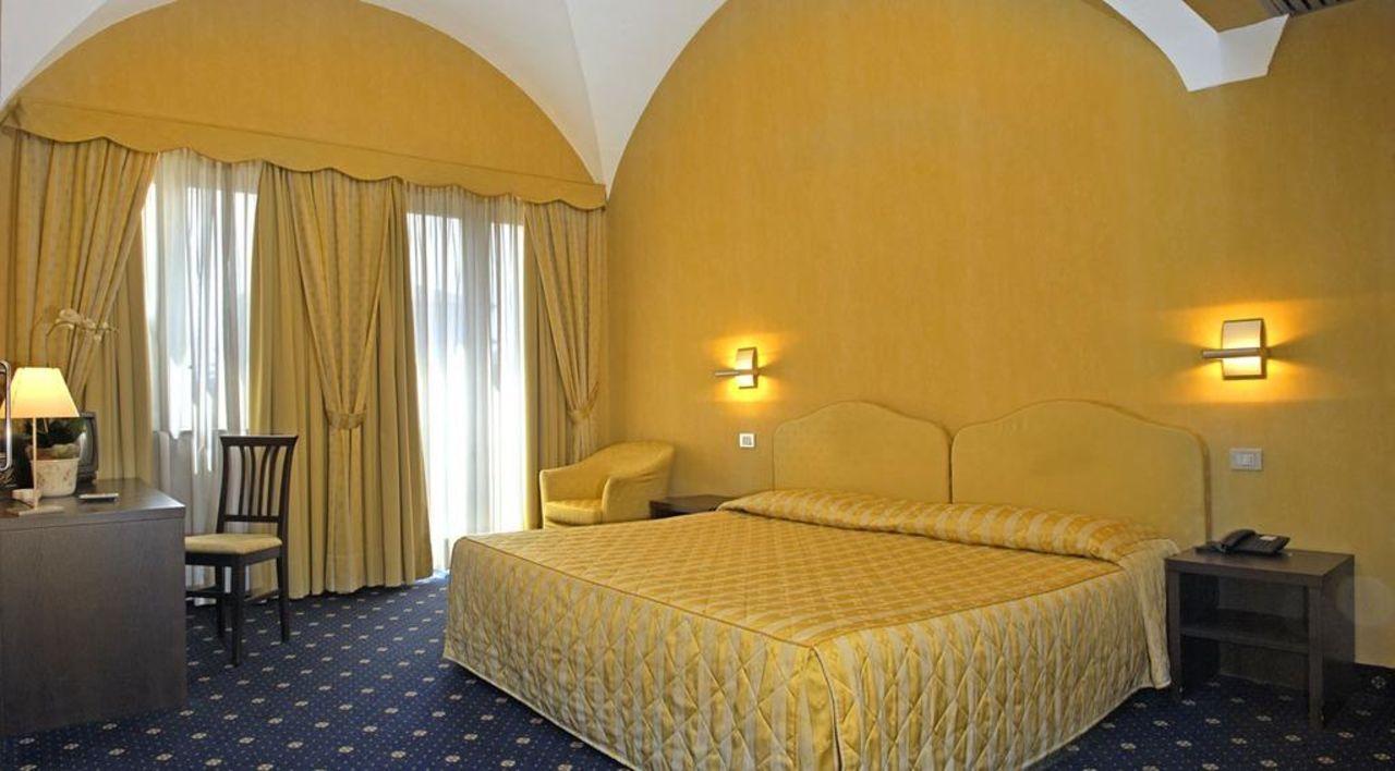 La più bella n. 108 Hotel Albergo Della Torre