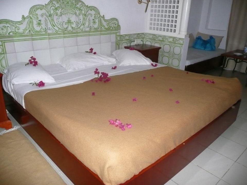 Schönes und großes Zimmer Hotel Shalimar