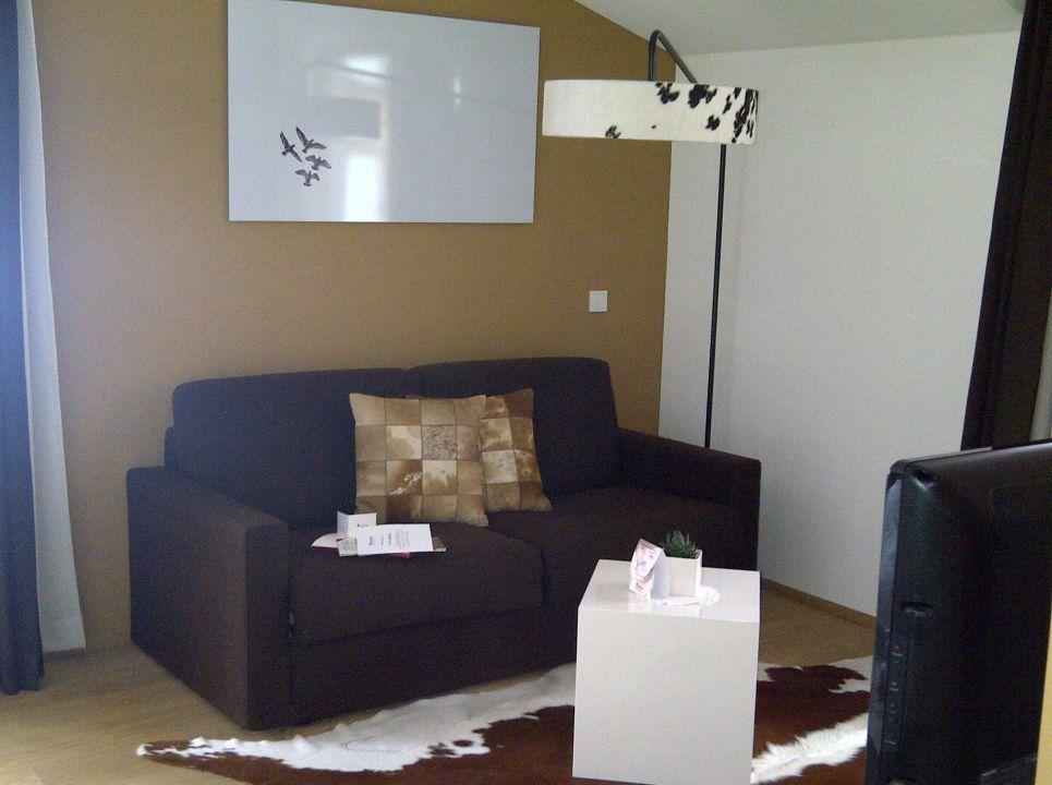 Bild das wohnzimmer edel weiss zu hotel monika in for Wohnzimmer edel