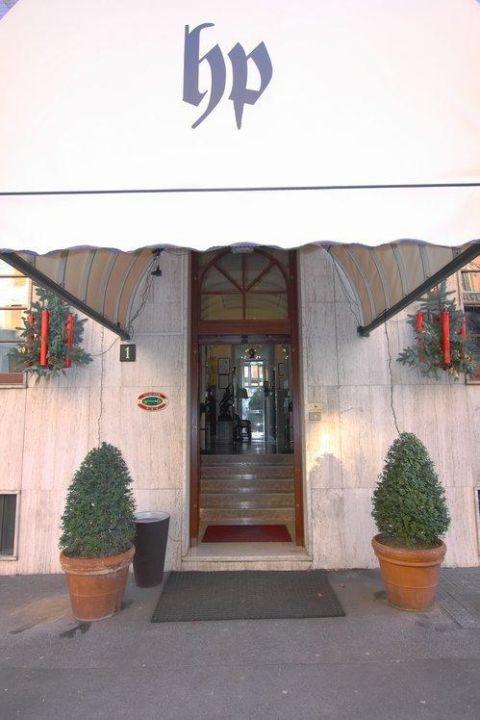 Entrata Hotel Piemonte