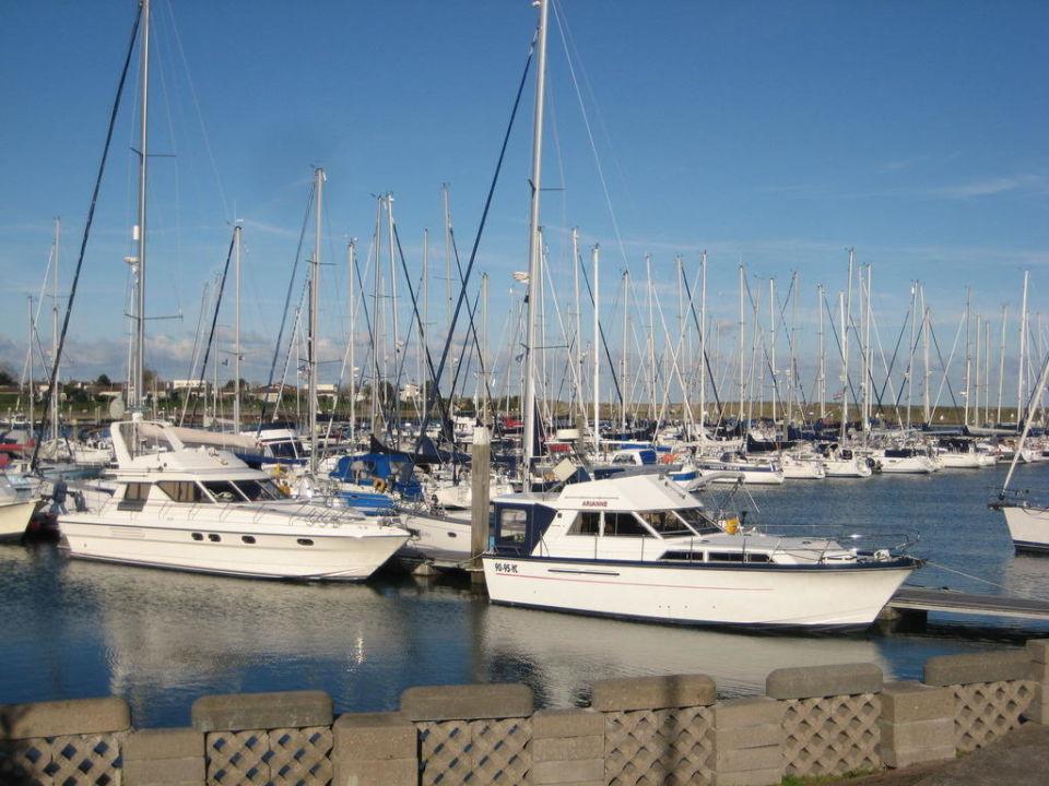 Blick auf den Jachthafen.  Roompot Beach Resort