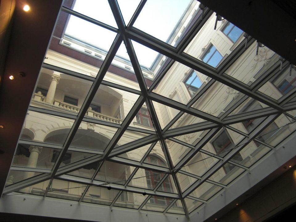 Innenhof Glaskuppel Hotel Palazzo Zichy