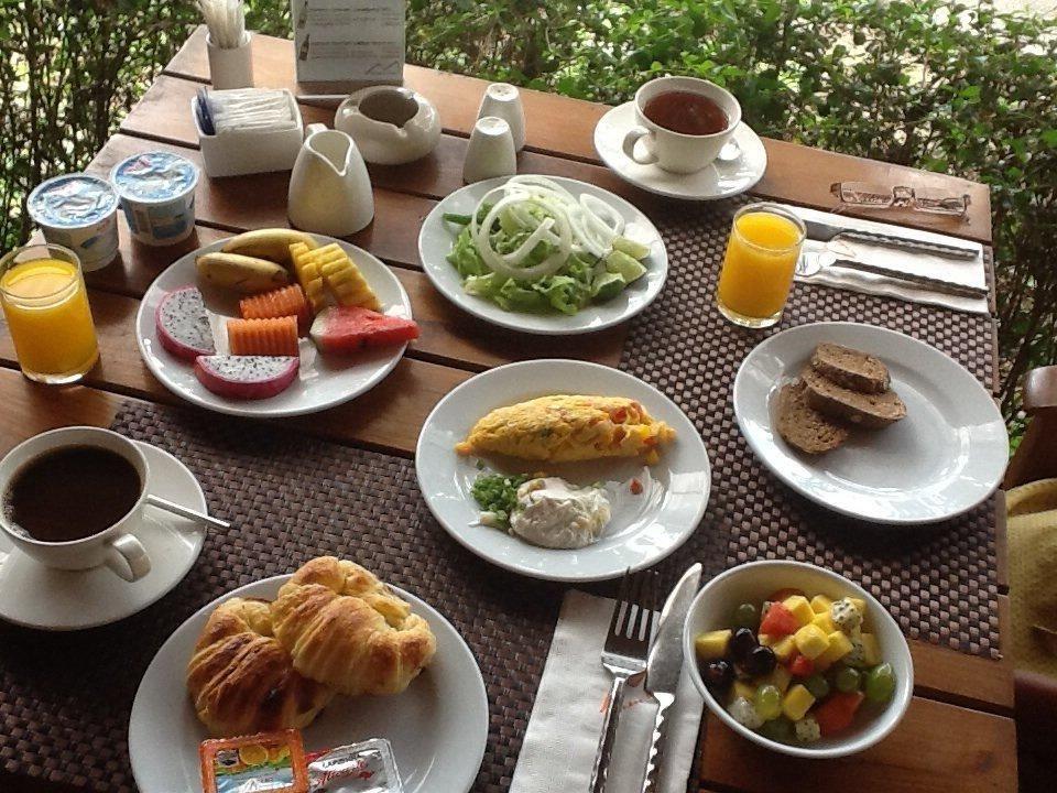 Frühstück Metadee Resort & Villas
