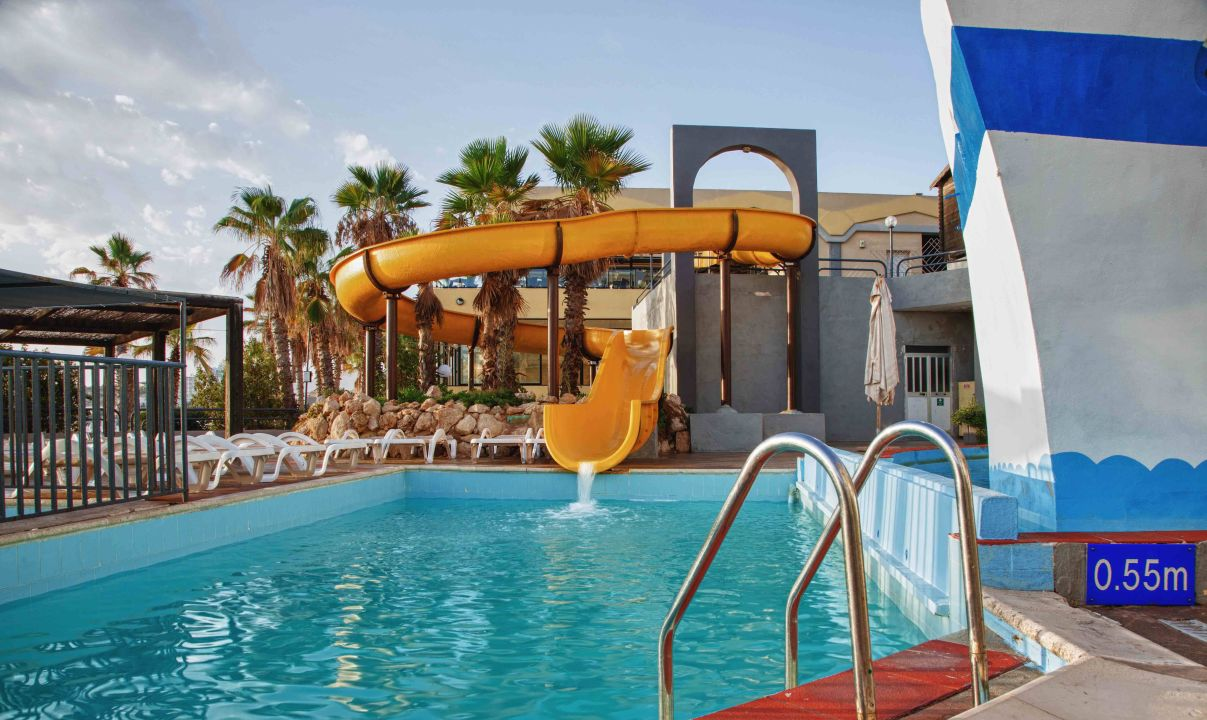 Bild rutsche mit pool zu hotel seashells resort at suncrest in qawra - Rutsche pool ...