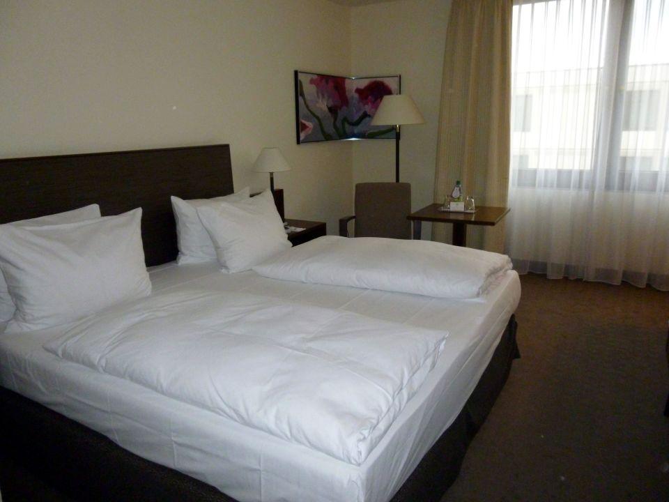 Doppelzimmer Ramada Nürnberg Parkhotel