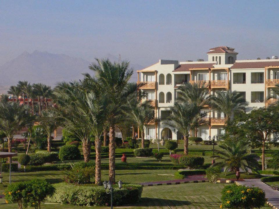 Blick zum Gebirge Dana Beach Resort