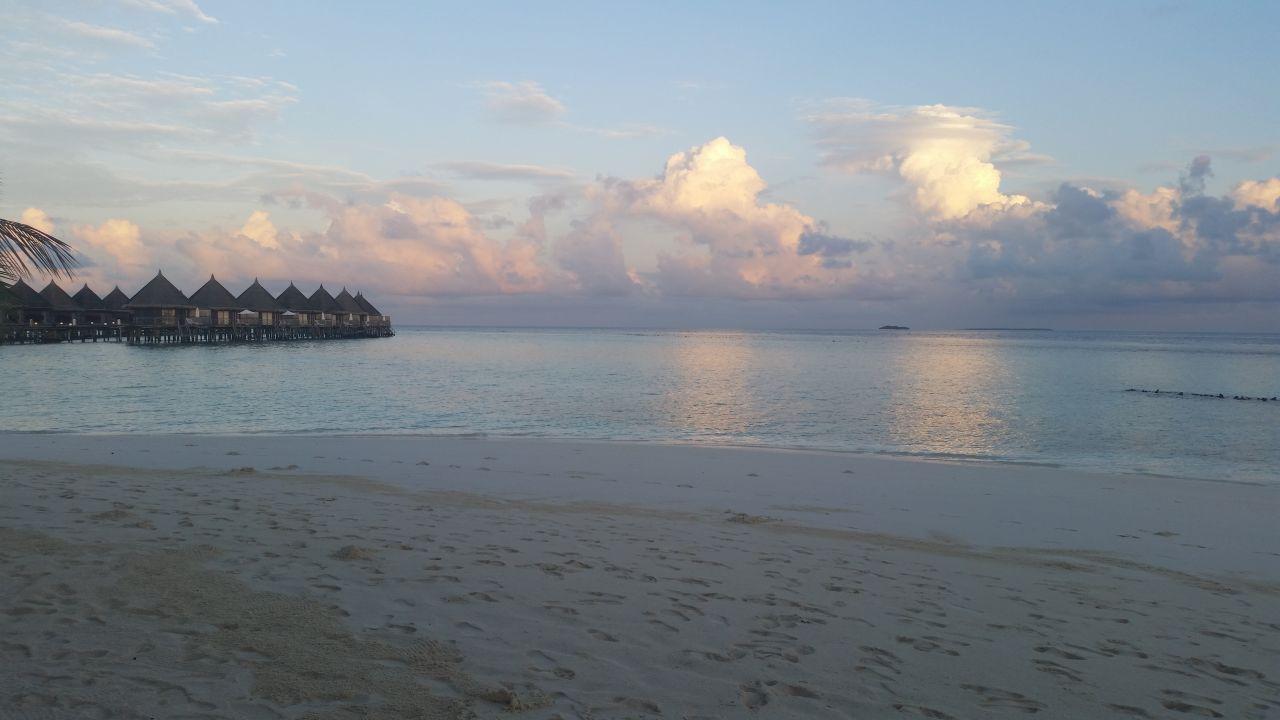 Strand Angaga Island Resort