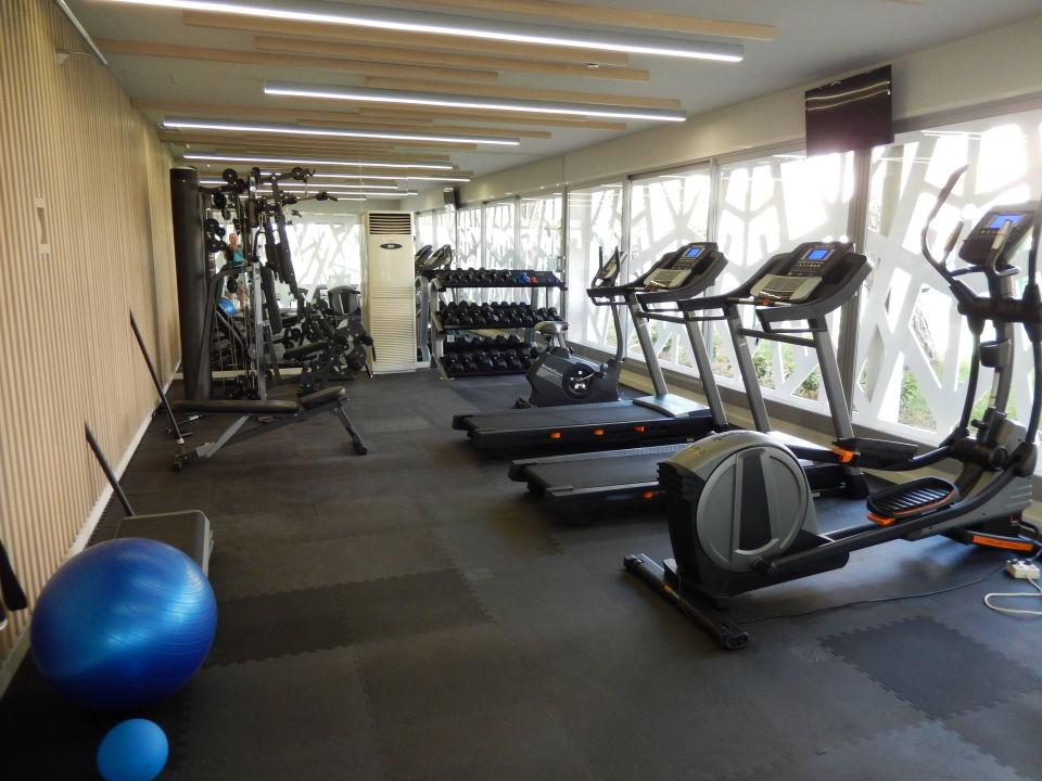Fitnesscenter tonga tower design hotel suites for Design hotel f 6 genf