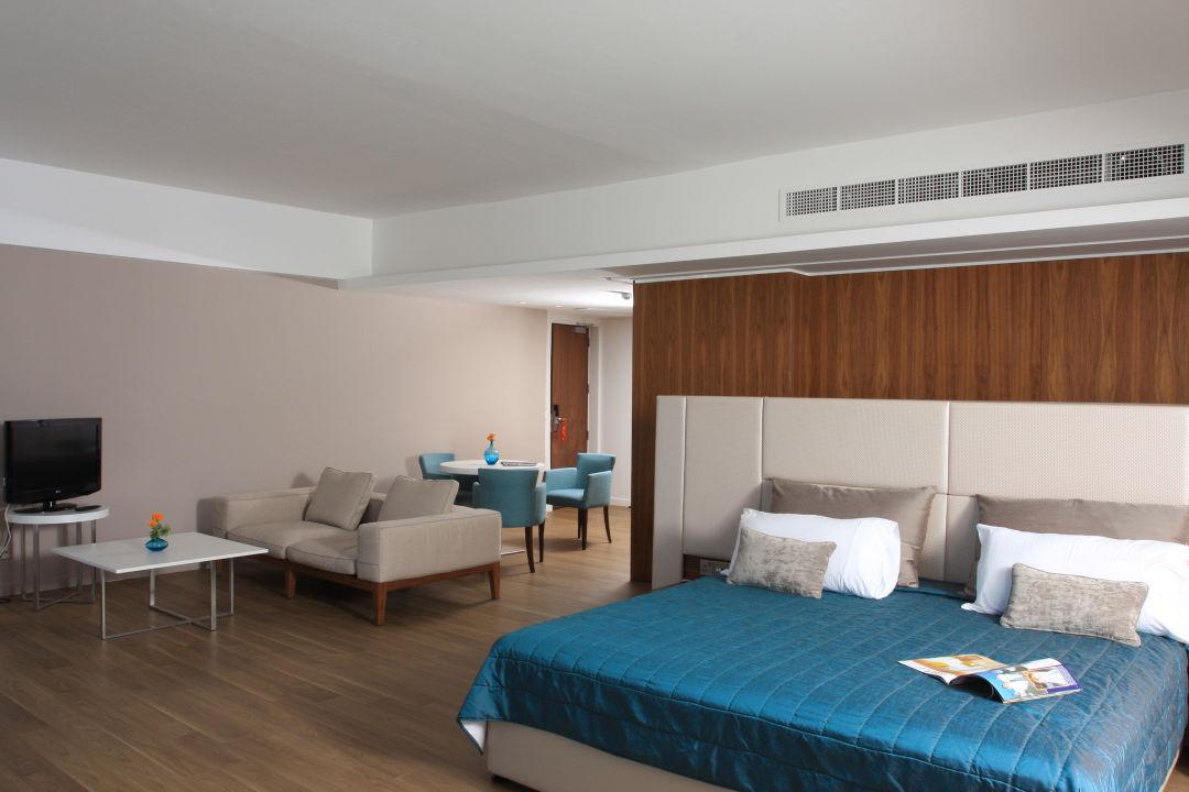 Suite Sun Hall Hotel