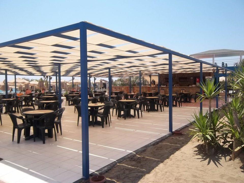 Die Strandbar sehr gut zu erreichen Hotel Royal Garden Select
