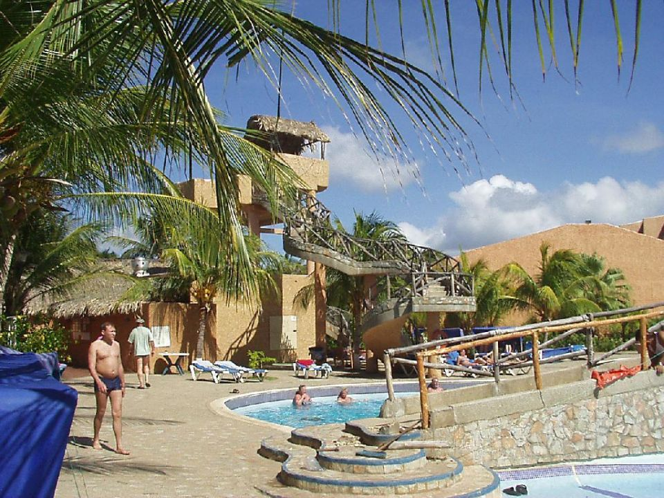Poolanlage Hotel Costa Caribe Beach