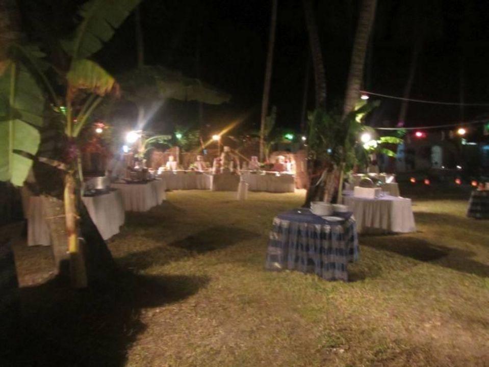 essen im garten hotel diani sea lodge diani beach holidaycheck provinz coast kenia. Black Bedroom Furniture Sets. Home Design Ideas