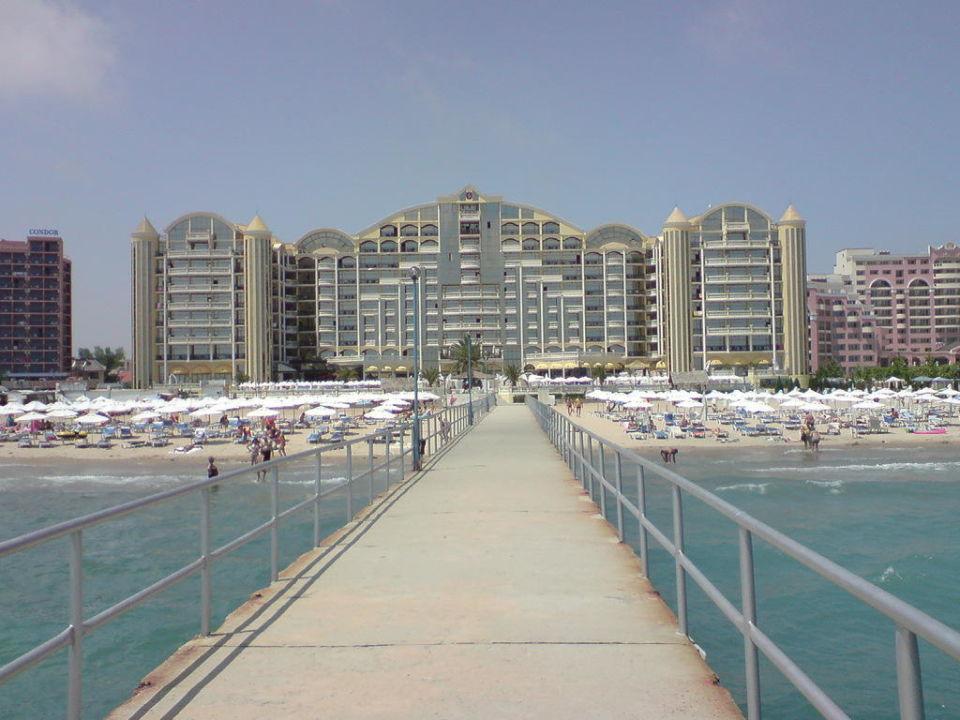 Schönes Hotel DIT Majestic Beach Resort