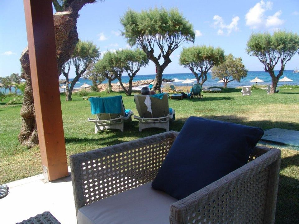 blick von seafront bungalow hotel cretan malia park malia holidaycheck kreta griechenland. Black Bedroom Furniture Sets. Home Design Ideas