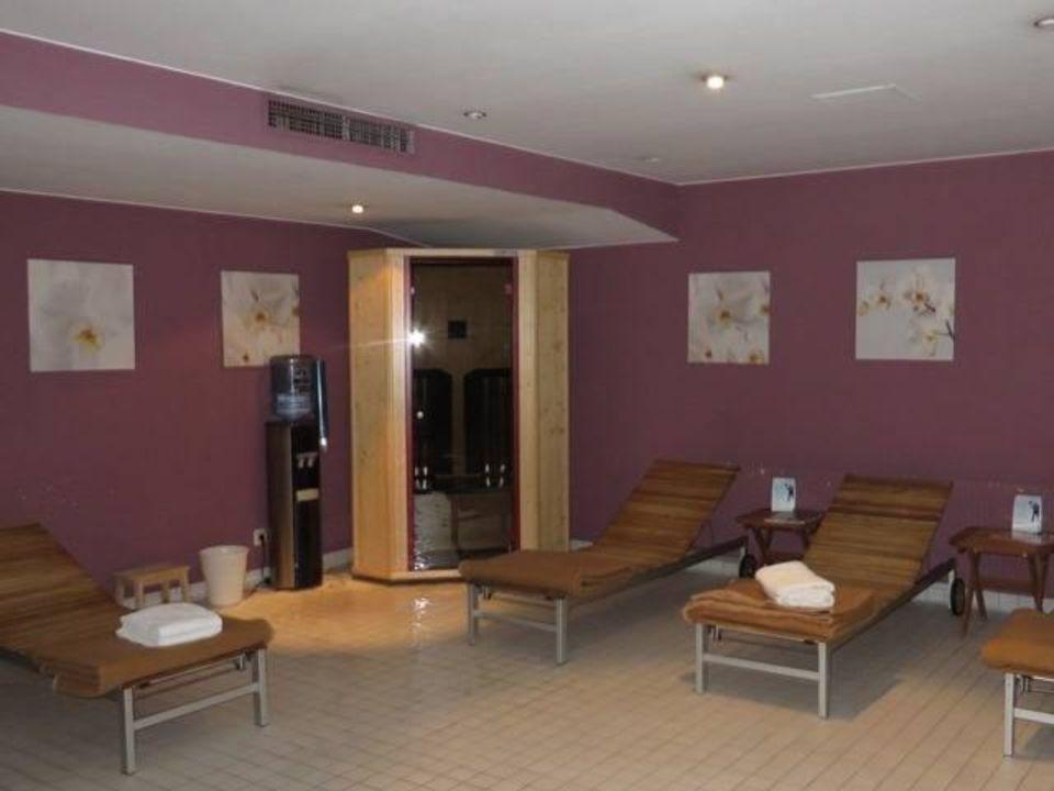 ruhebereich sauna wyndham hotel hannover atrium hannover holidaycheck niedersachsen. Black Bedroom Furniture Sets. Home Design Ideas