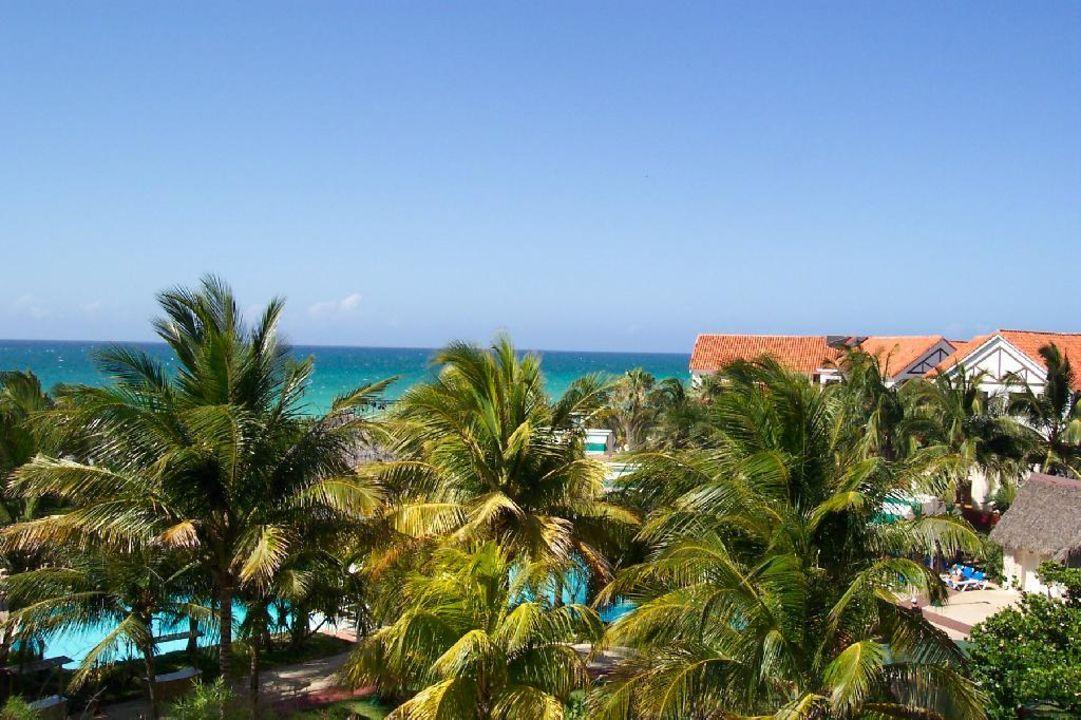 Blick vom Hotelfenster aufs Meer Hotel Superclubs Breezes Bella Costa