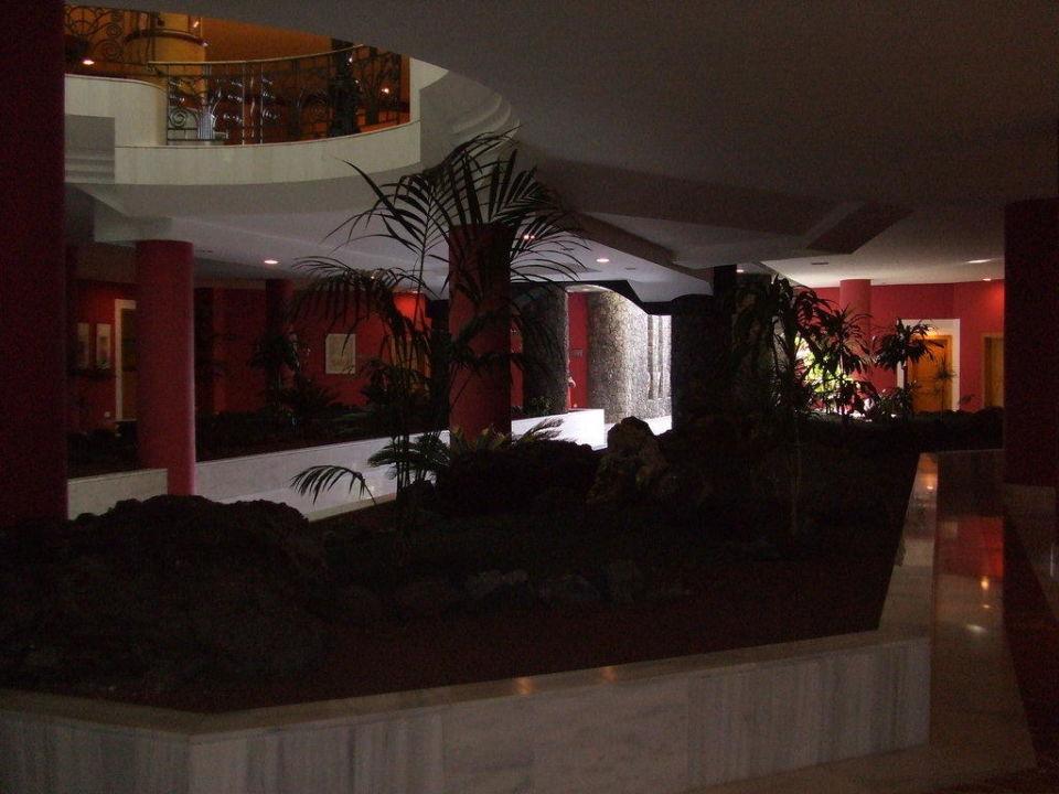 Eingangsbereich des ehemaligen Palacehotels Hotel Riu Paraiso Lanzarote Resort