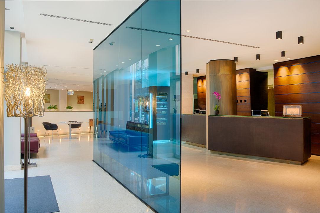 Lobby Hotel NH Bergamo