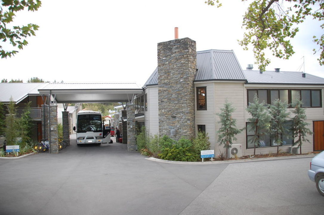 Vor dem Hotel Hotel Wyndham Vacation Resorts Asia Pacific Wanaka