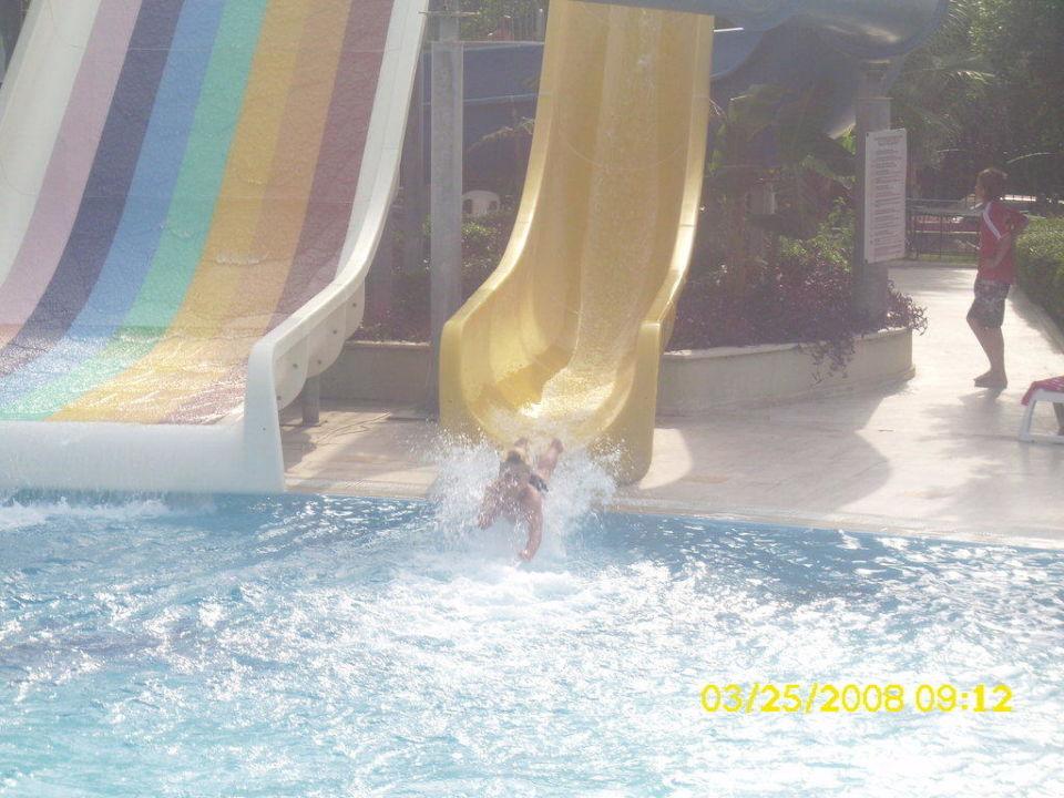 Rutschen am Pool Hotel Terrace Beach Resort