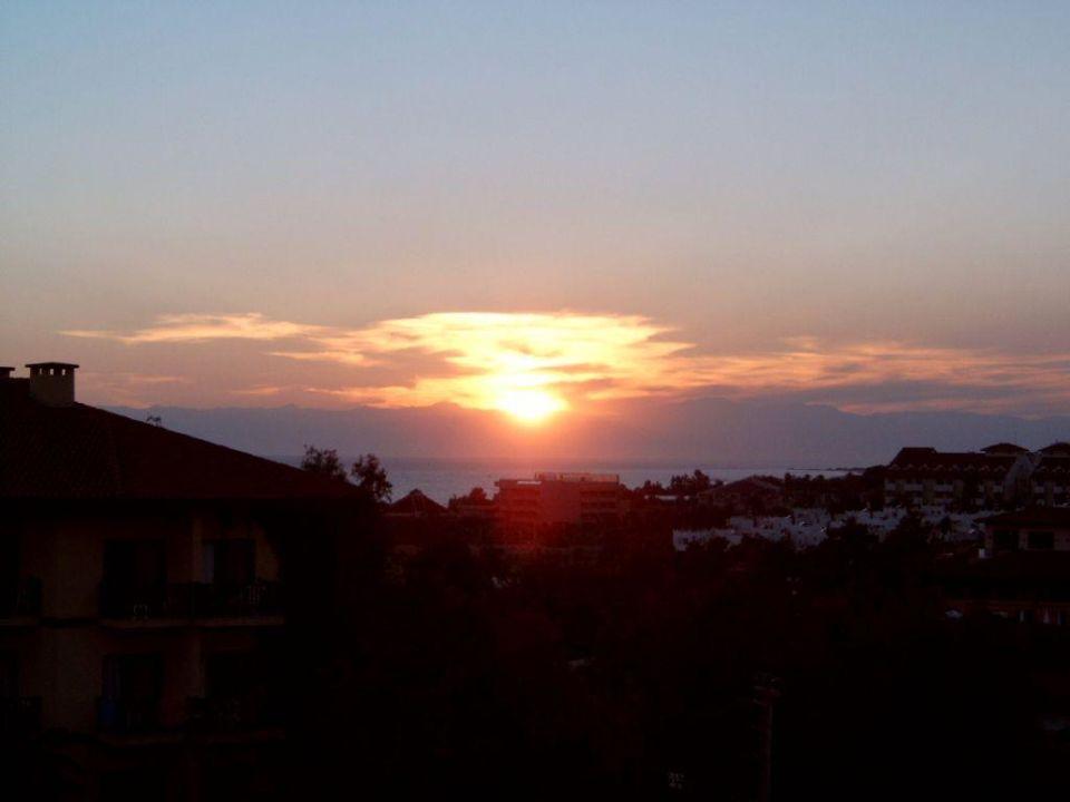Sonnenuntergang Larissa Stone Palace Resort