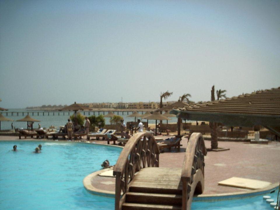 Pool am Strand Hawaii Riviera Aqua Park Resort