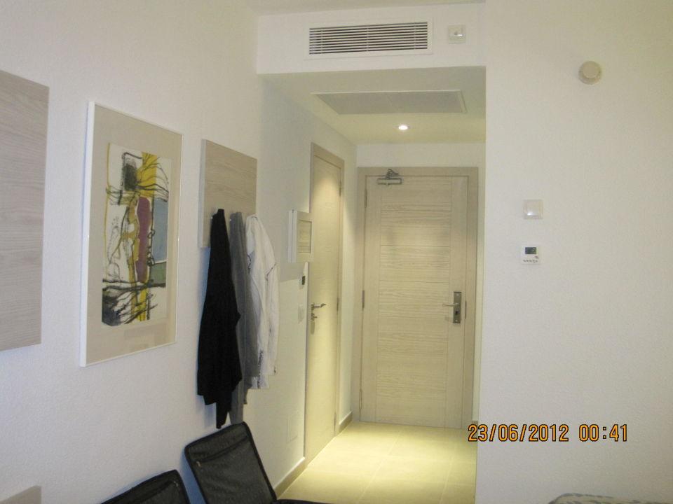 Quot Eingang Zimmer Quot Protur Safari Park Aparthotel In Sa Coma