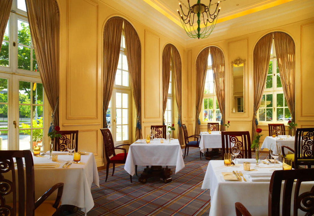 Badezimmerbeispiel Hotel Fürstenhof Leipzig - A Luxury Collection Hotel