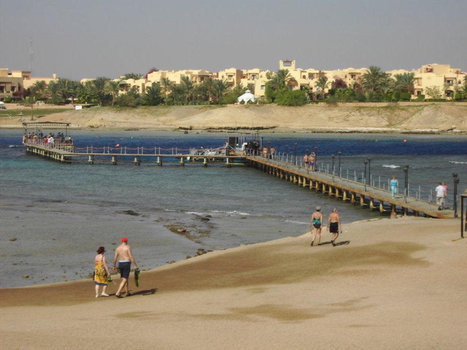 Sicht zum Steg Jaz Lamaya Resort