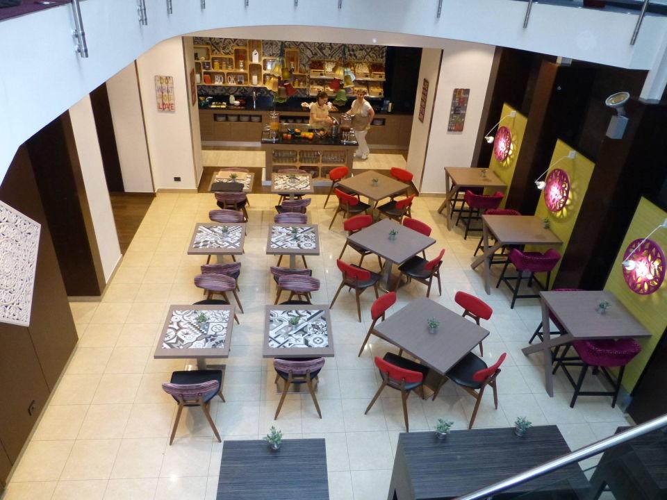 Frühstücksraum im Untergeschoss Hotel Parlament