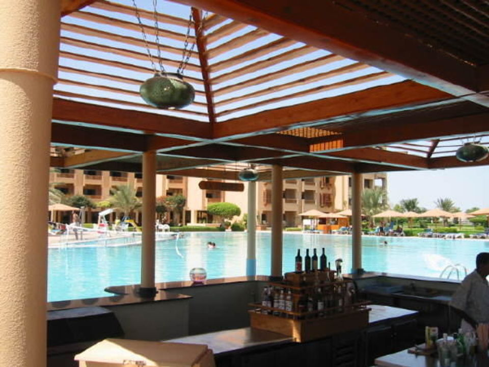 Intercontinental Pool Bar Continental Hotel Hurghada