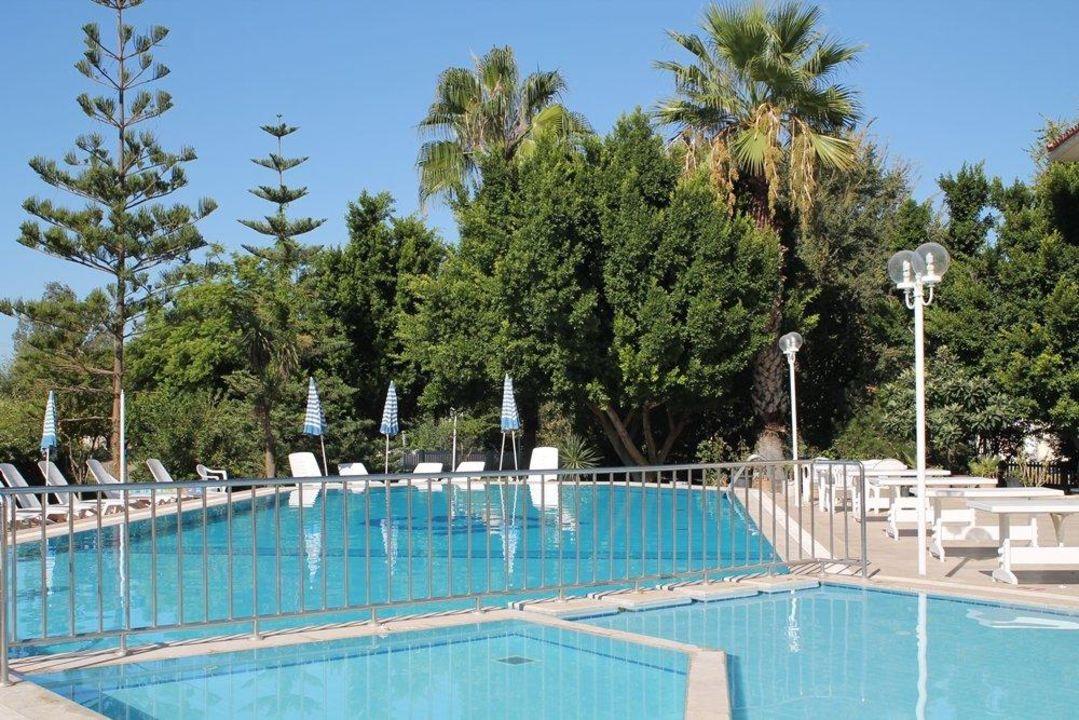 Außenanlage Hotel Grand Vizon