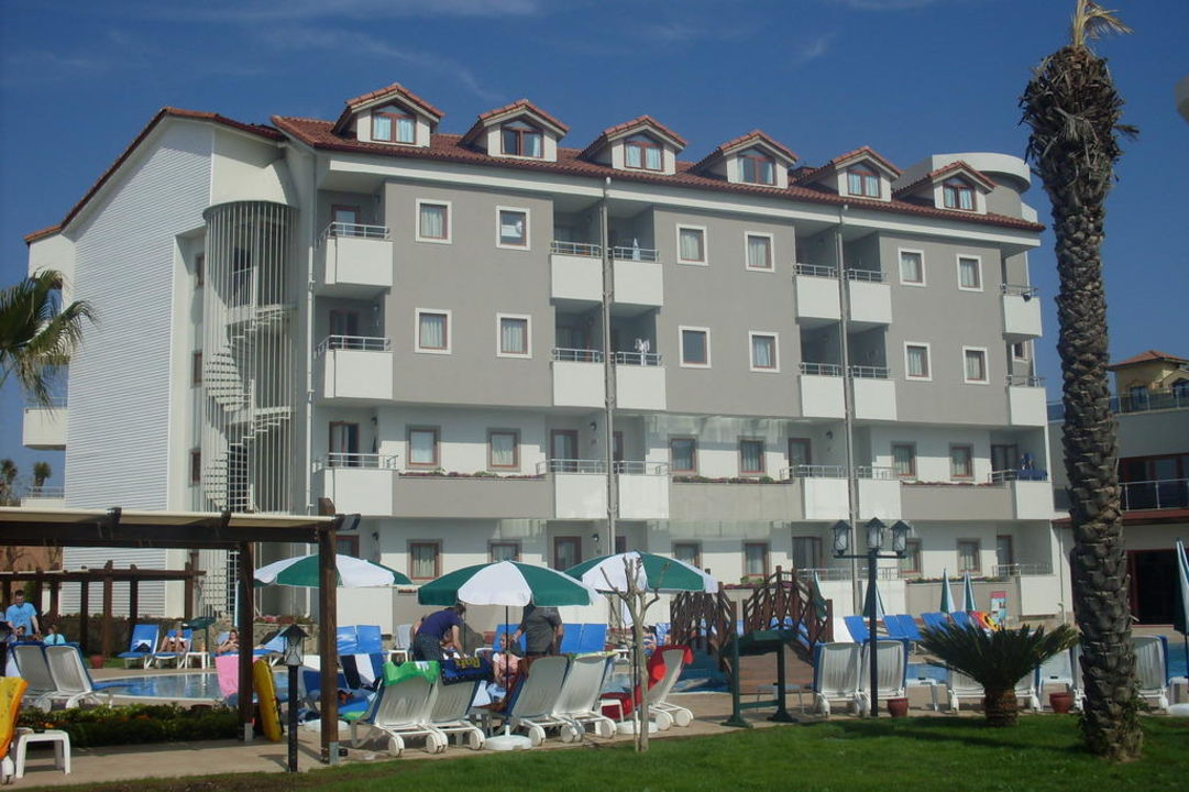 Von außen Monachus Hotel & Spa