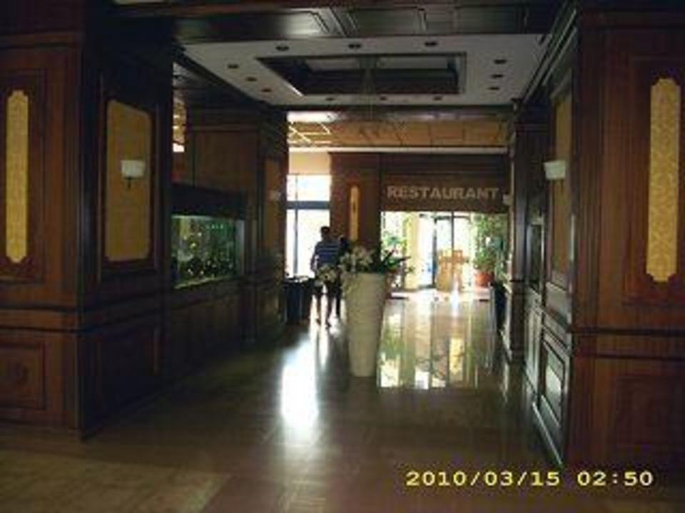 Der Lobbybereich Hotel Grifid Arabella