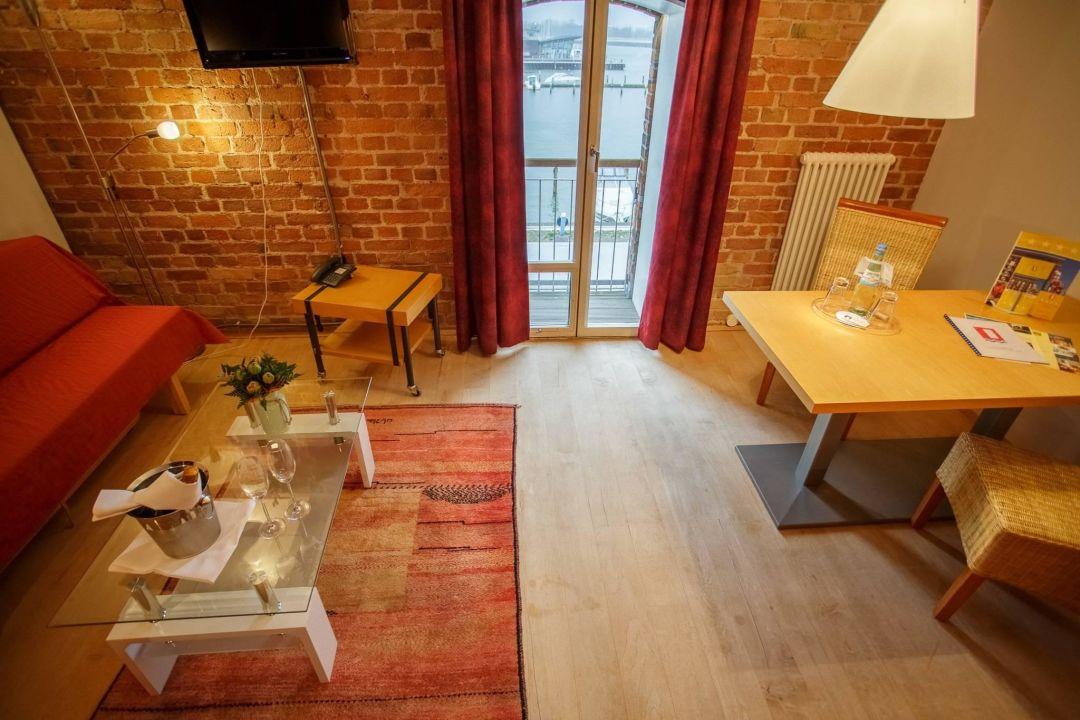 Bild willkommen im designhotel zu speicher barth for Design hotel 6f