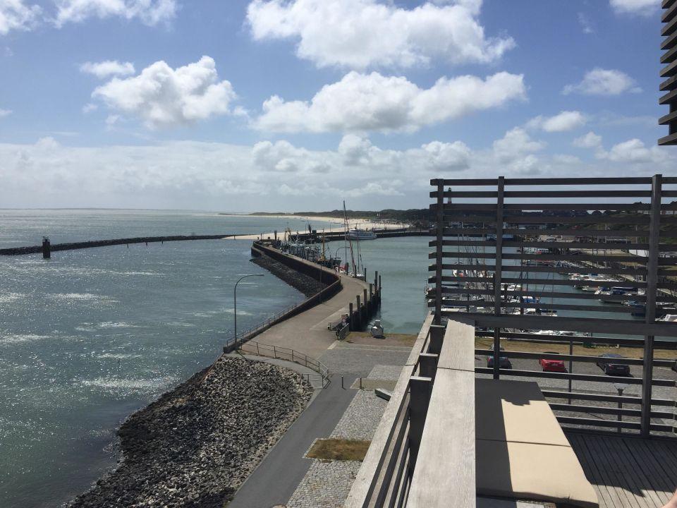 Ausblick aus der Suite zum Hafen\