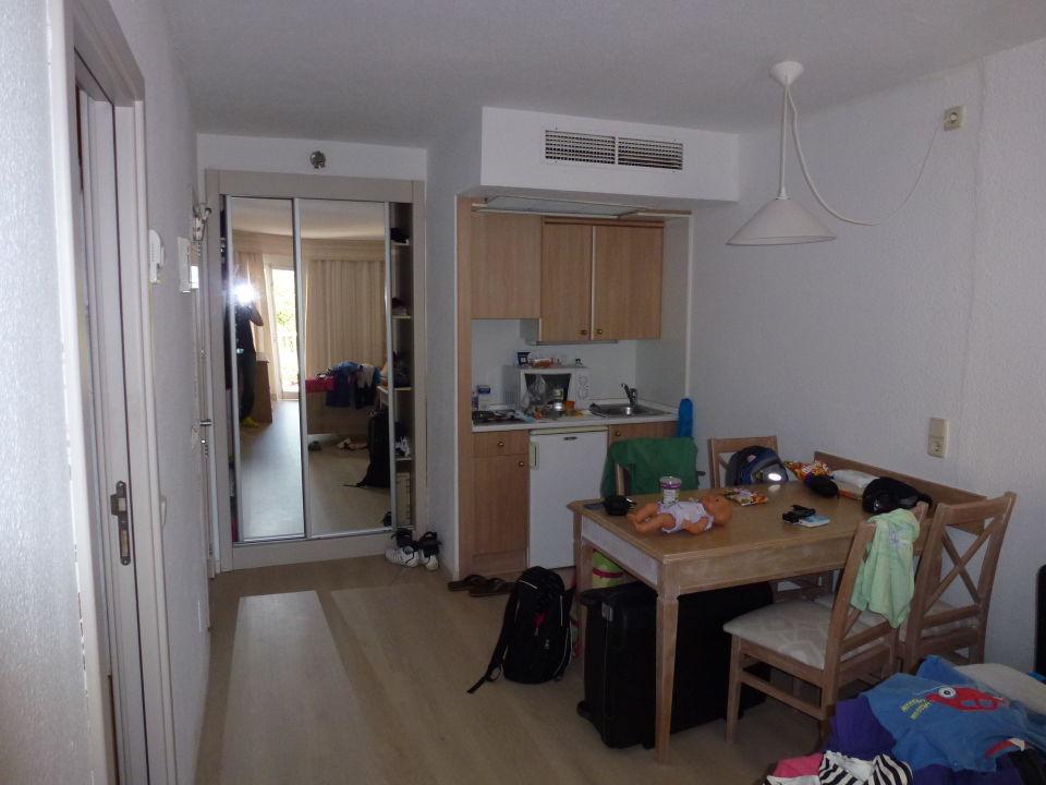 Familienzimmer Wohnen mit Küche\