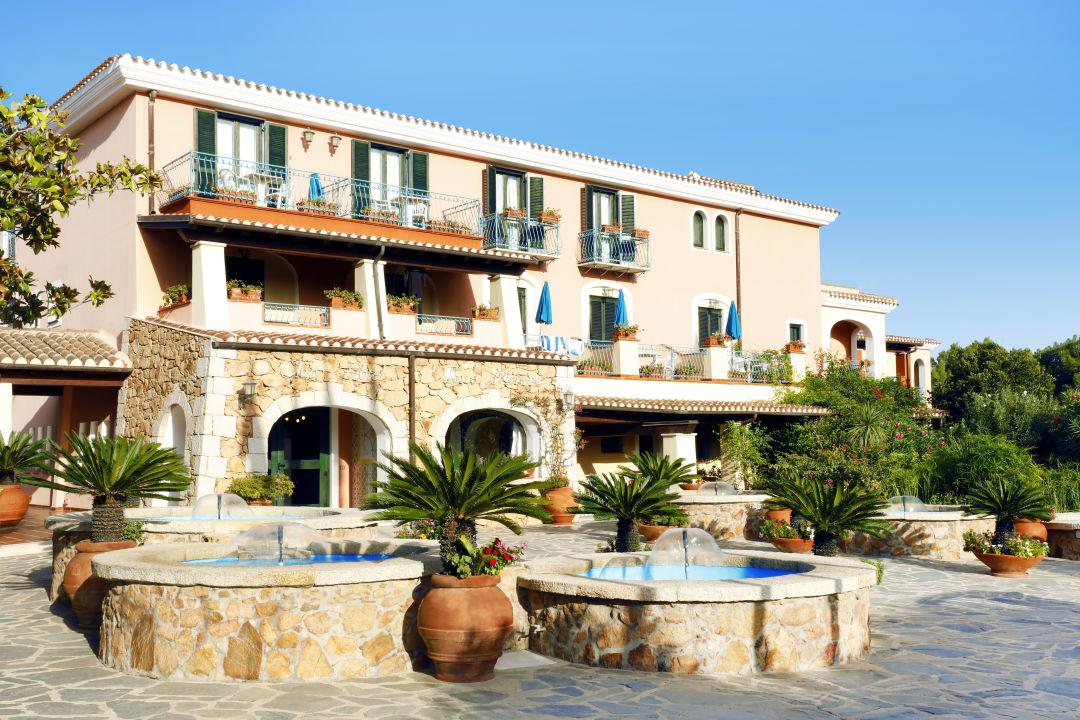 Außenansicht Club Hotel Torre Moresca