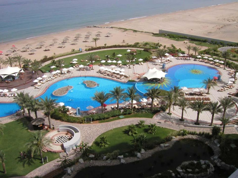 Meridien Al Aqua vom Balkon Hotel Le Meridien Al Aqah Beach Resort