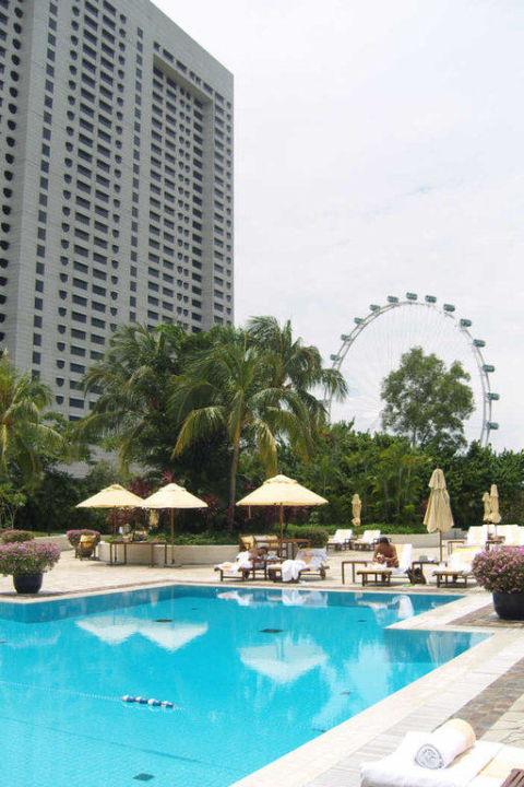 Pool auf dem Dach Hotel The Mandarin Oriental Singapore
