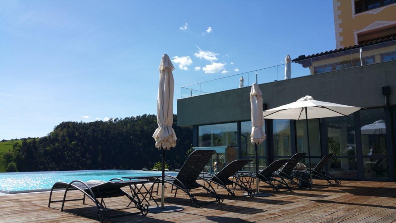 Außenansicht Hotel Alpenflora