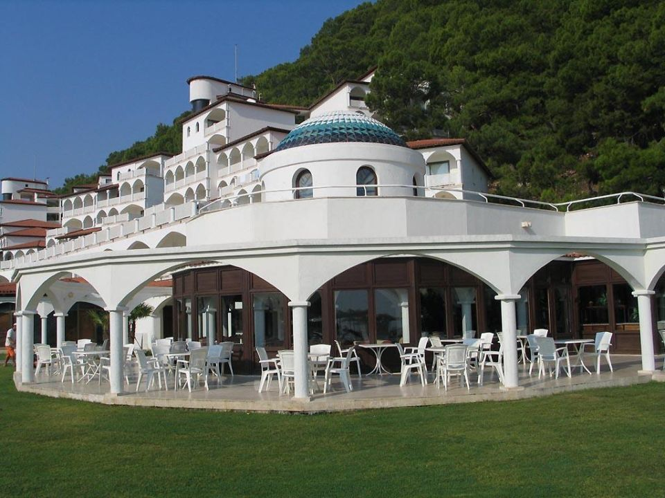 Saray-Restaurant Kiriş World Hotel by Voyage  (geschlossen)
