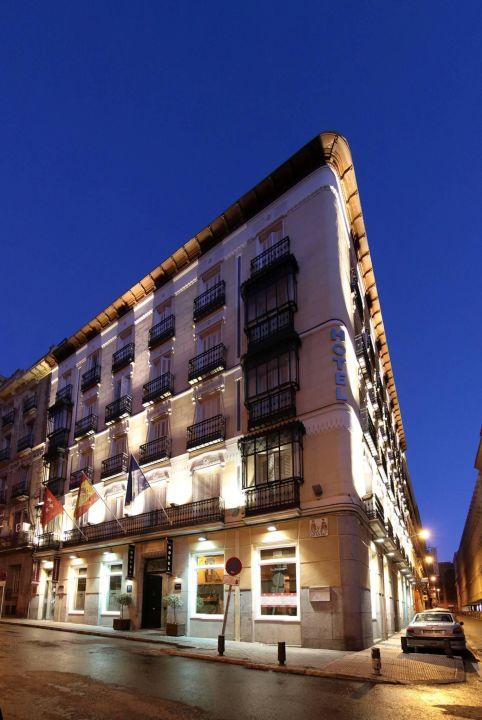 Fachad Lusso Infantas Madrid Chueca Iluminada Hotel