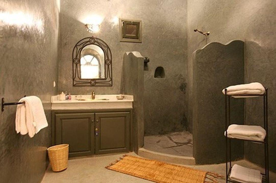 Salle de bain avec douche Bab El Khemis\