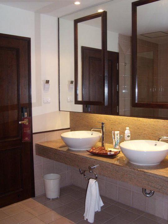 Badezimmer Duangjitt Resort & Spa